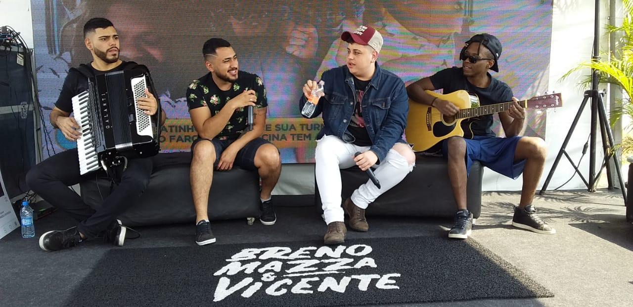De show em São Roque até lançamento da nova música 'Namorada na Balada': saiba como foi o fim de semana da dupla Breno Mazza & Vicente